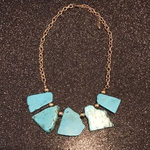 Turq stone / gold costume necklace